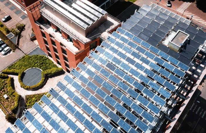 L'impianto fotovoltaico sulla sede biellese della Sella