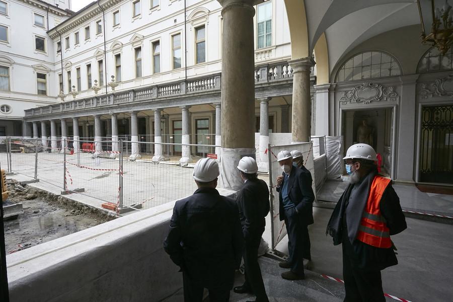 Il cantiere di piazza San Carlo, a Torino, dove avrà sede il nuovo museo di Intesa Sanpaolo, la quarta Galleria d'Italia