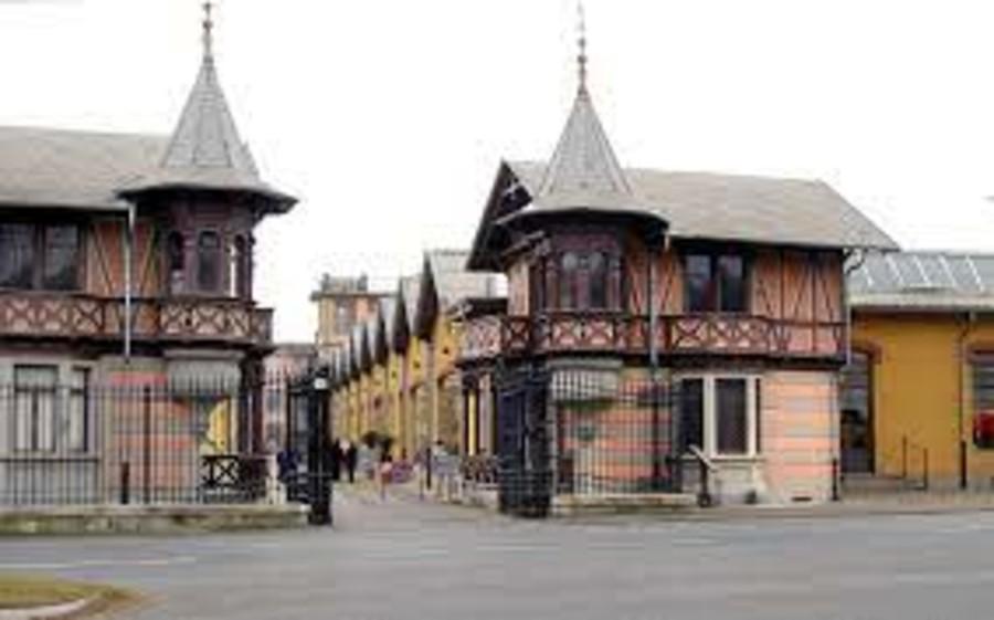 Il villaggio Leumann a Torino