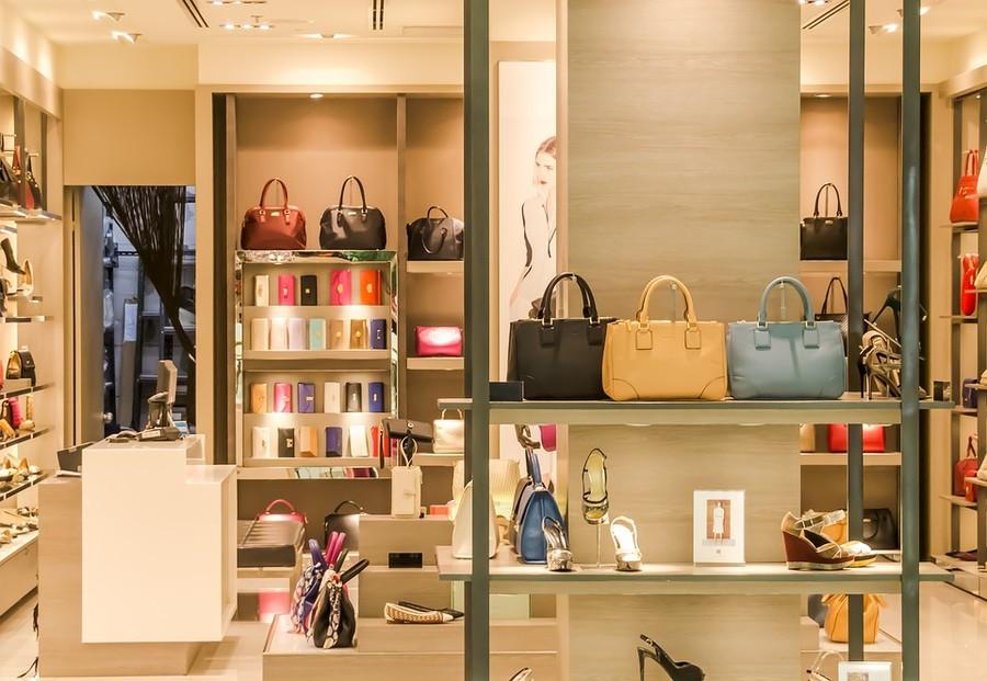 Piemonte, crollo delle compravendite di negozi