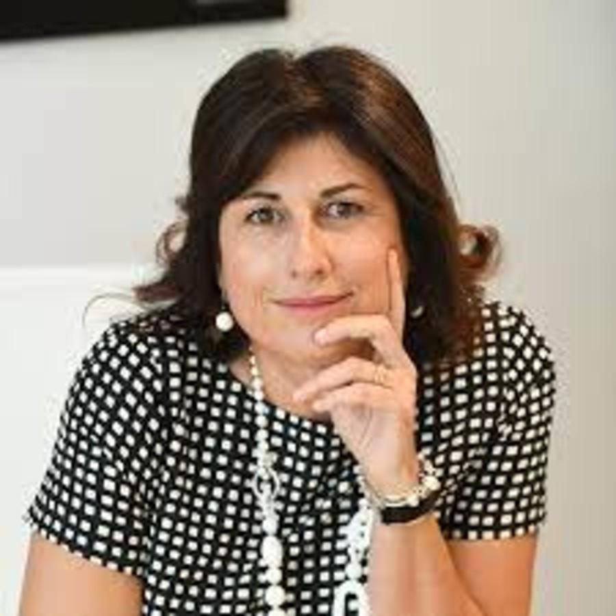Elisabetta Ripa, prima donna fra le top 100 di aprile